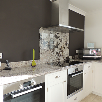 Bianco Antico Worktops, with upstand and cooker backsplash - granitecraft shropshire